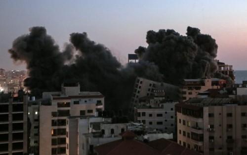 Bombardamenti israeliani sulla Palestina, la fenomenologia delle presstitute mainstream