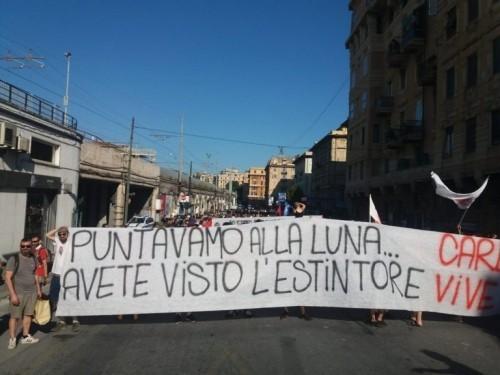 Genova 2001 - 2021: migliaia di persone in corteo