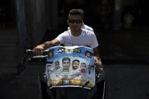 Le fiamme divampano nelle carceri israeliane mentre è in corso la caccia dei 6 fuggitivi