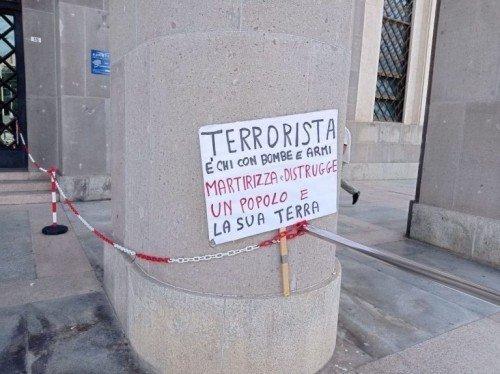 """CAGLIARI: RINVIATE/I A GIUDIZIO 45 MILITANTI DI """"A FORAS"""". ACCUSE ANCHE DI TERRORISMO"""