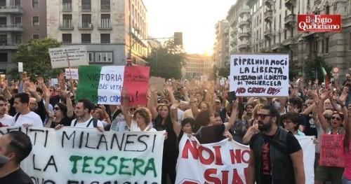 Impressioni dalla piazza No Greenpass di Milano