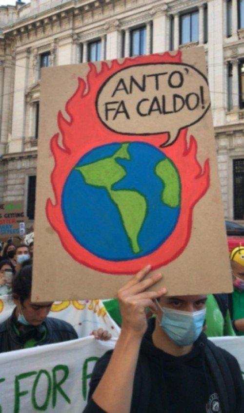 Sette tesi sul mutamento climatico e il regime ecologico di accumulazione del capitale